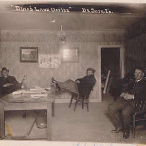 Duffs Land Office DeSoto Iowa